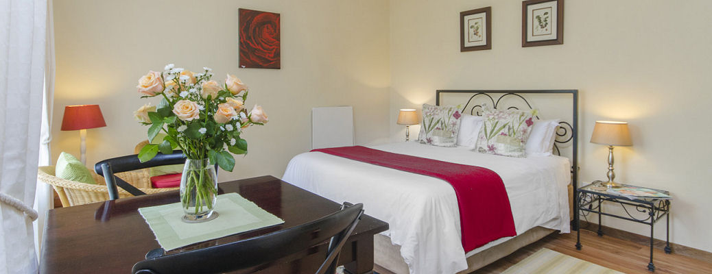 Self-Catering Cottage, Rosebank